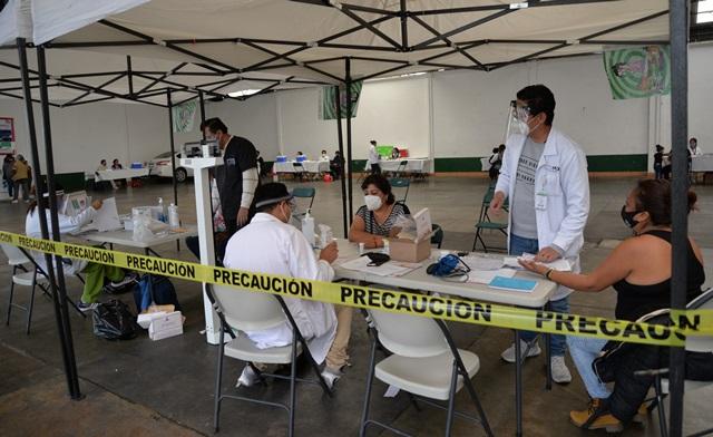 """Todo un éxito la """"Jornada de Vacunación"""" gratuita en Nanacamilpa"""
