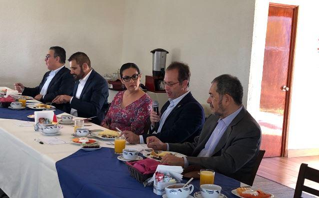 Ofrece Viviana Barbosa a empresarios mejorar la seguridad en el estado