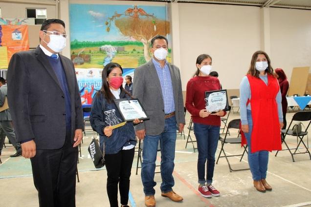 Entregan en Yauhquemehcan el Premio Municipal de la Juventud 2020