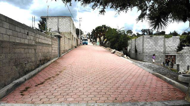 Con calles adoquinadas mejoramos la calidad de vida de los huamantlecos