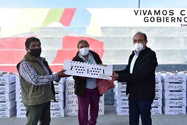 Ayuntamiento de Zacatelco y SEFOA entregan apoyos en especie