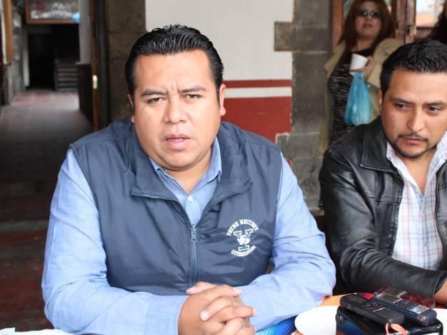 Edil de Tzompantepec desvía recursos y se sube el sueldo a más de 42 mil