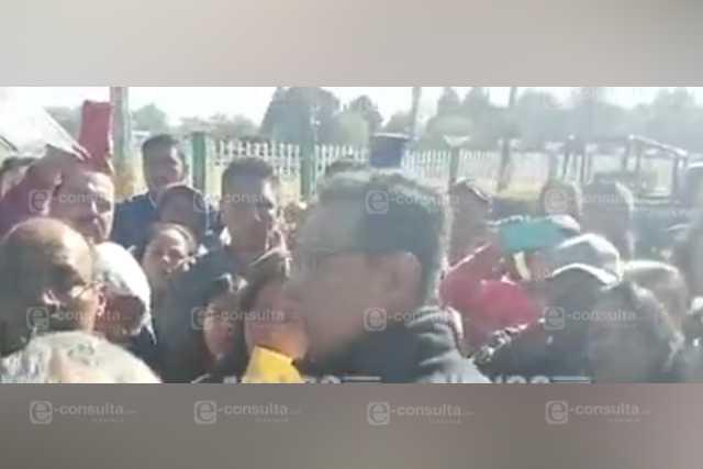 Detienen a director por encubrir maestro abusador de menores