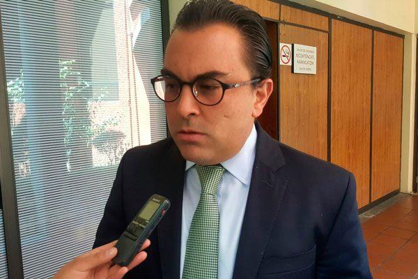 Marianito le quiere comer el mandado a Alberto Amaro en el Congreso