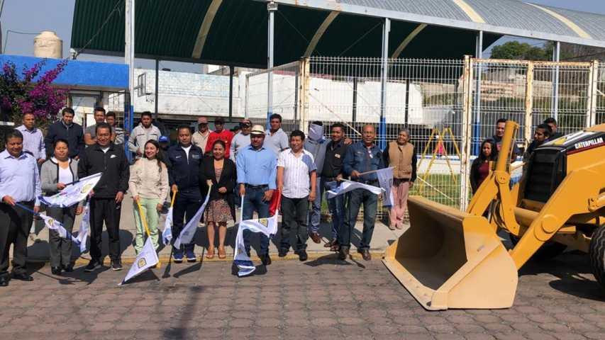 Alcalde impulsa el deporte en Xolalpan con la rehabilitación de una cancha