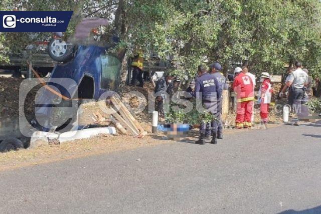 Muere niña de dos años en volcadura en la Vía Corta; mamá y abuela resultan heridas