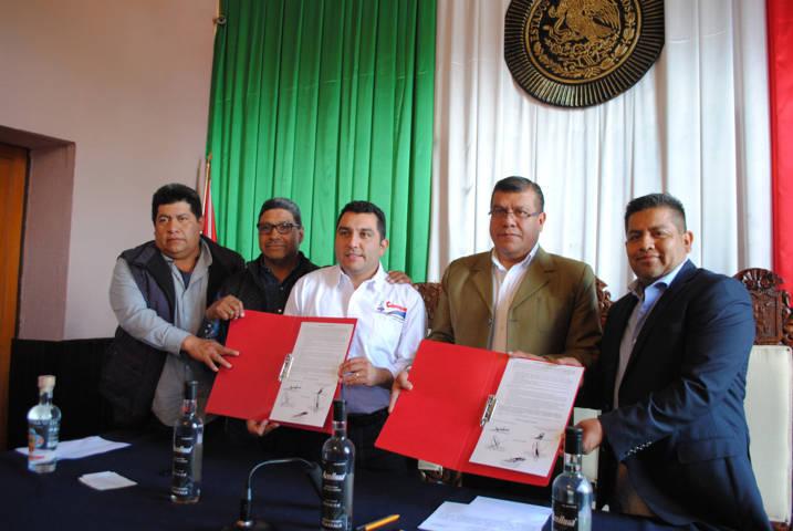 Los productores del Maguey tendrán el apoyo legal y fiscal: alcalde