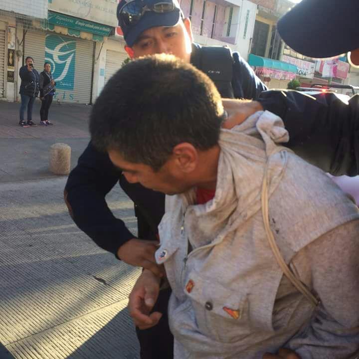 Acosador se salva de ser linchado en Chiautempan
