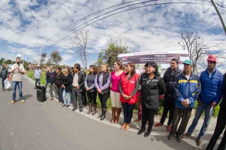 Entregan segundo paquete de obras en Acuitlapilco por casi 5 millones
