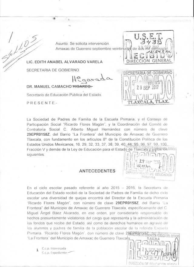 Violenta Derechos Humanos Miguel Ángel Báez Director de Primaria en Amaxac