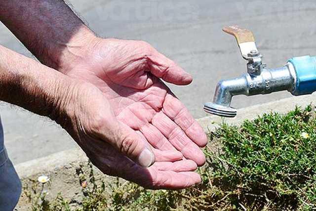 Pobladores de Tzompantepec urgen el servicio de agua ante la contingencia
