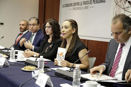 Víctimas de trata no deben ser revictimizadas: Adriana Dávila