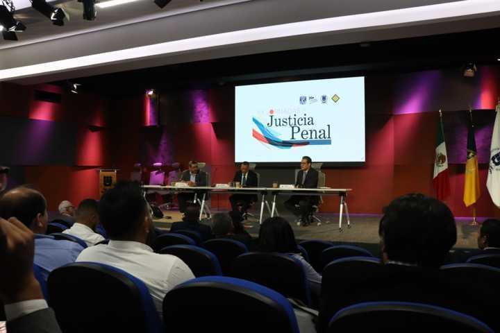 Destaca Rector de la UATx importancia de la Justicia Penal en México