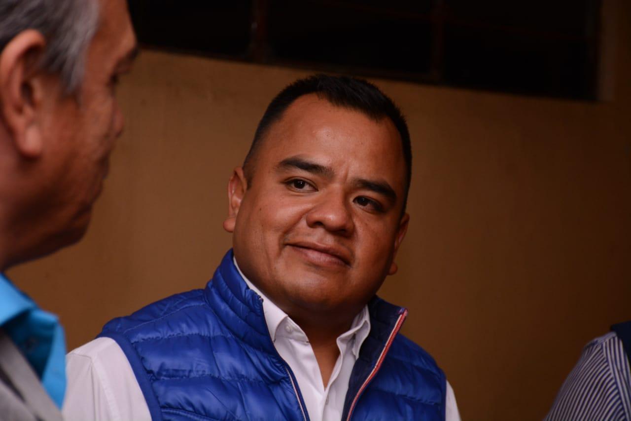 Evidencia públicamente Ángelo Gutiérrez, injerencia de morenistas en equipo de Temoltzin