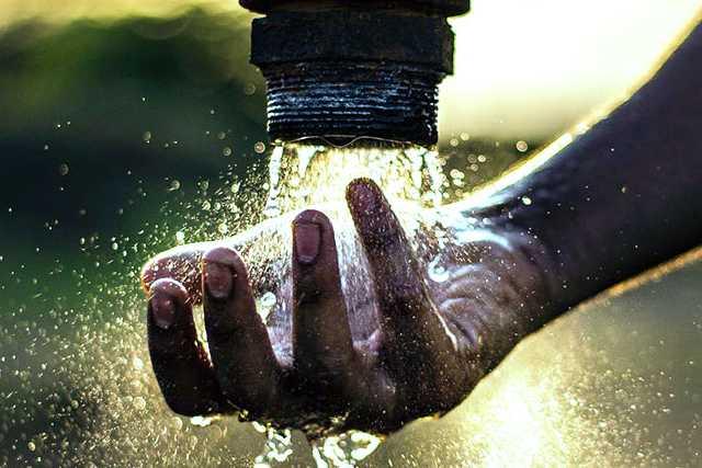 Piden vecinos de la Loma xicohténcatl alcaldesa suministre el servicio de agua potable