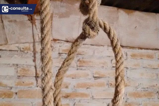 Hijo de un presidente de comunidad de Tlaxco se ahorca en una bodega