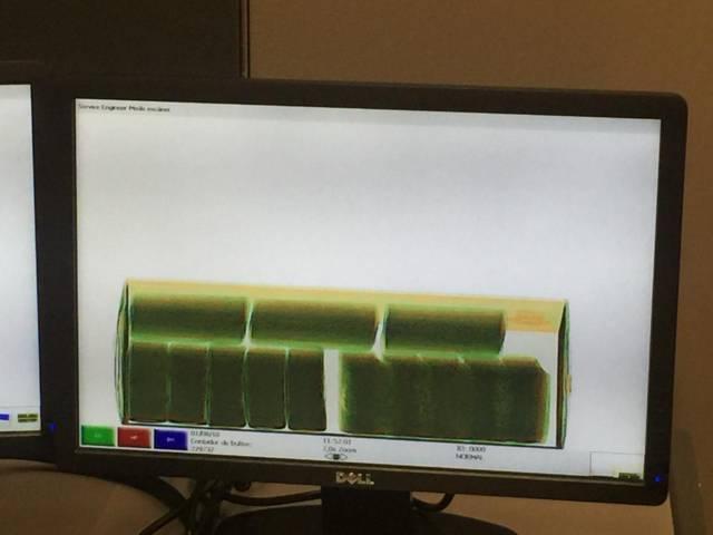 Encuentran en el AICM 120 kilos de cristal ocultos en equipos de cómputo