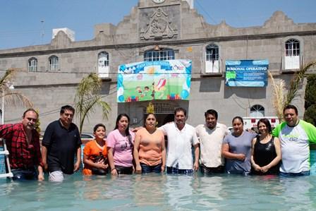 Un pedacito de playa desbordó alegría a cientos de niños de Xaltocan