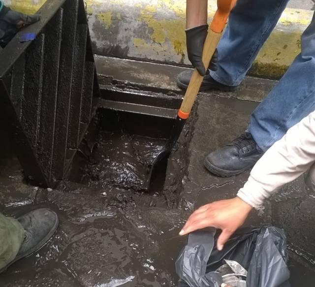 Realiza alcaldía capitalina limpieza de la red de drenaje pluvial