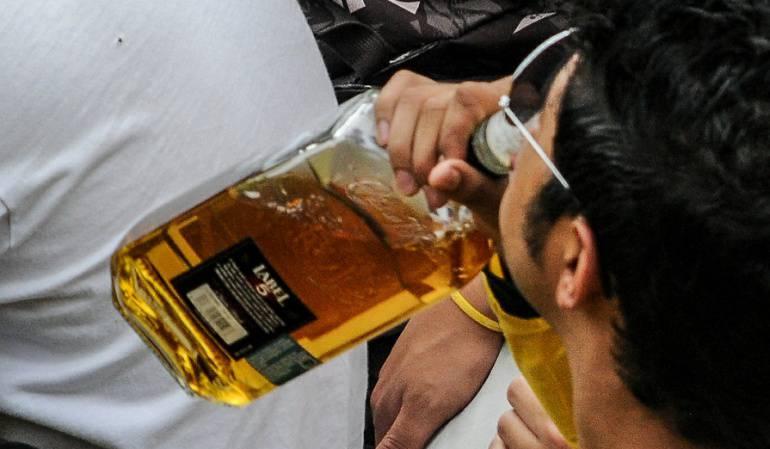 Alcaldes buscarán regular la venta de bebidas embriagantes