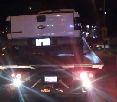 Detienen a conductor que manejaba borracho su camioneta