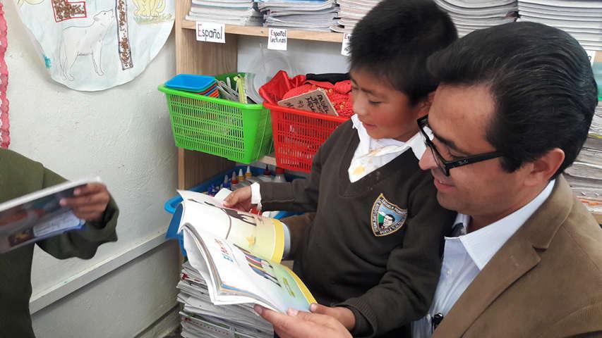 Convoca Camacho Higareda a alumnos y docentes a difundir y practicar valores