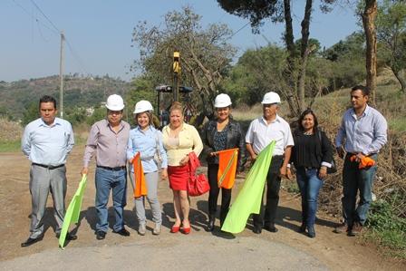 Con obra mejoramos calidad de vida en Amaxcac: Carin Molina