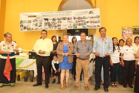 Alcalde atestigua clausura 2015-2017 de Misiones Culturales