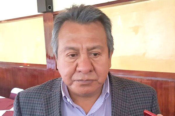 Más recursos demandan municipios, Alberto Amaro los apadrina