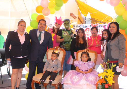 Conmemora Amaxac natalico de Juárez y recibe a la primavera