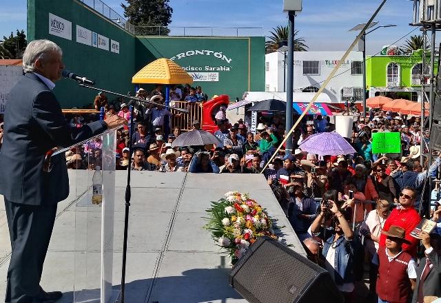 Vamos 15 puntos arriba en las encuestas: López Obrador