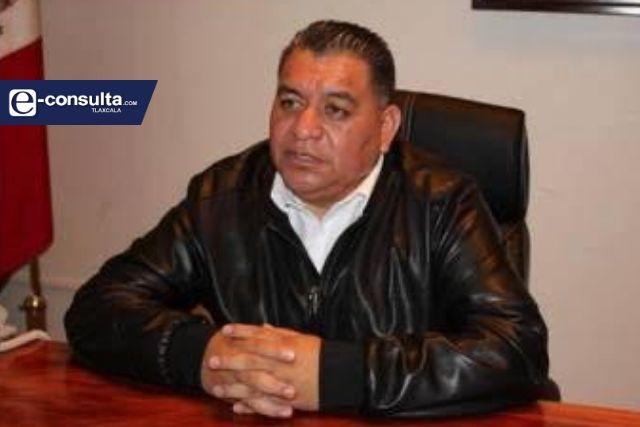 Ambicioso, traicionero e incapaz...así definen distintas fuerzas del PRD a Eloy Reyes