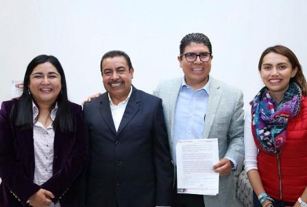 Anabel Alvarado se compromete a reformar Ley de Obra Pública