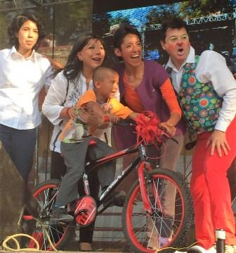 Celebra DIF municipal Tlaxcala Día de Reyes con niños