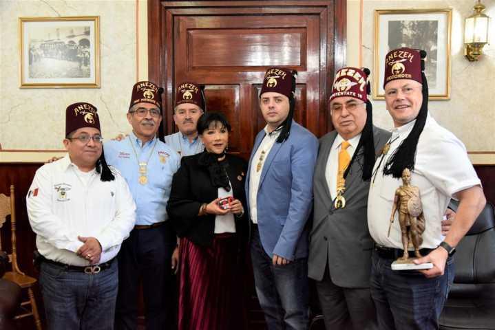 Establecen lazos de cooperación comuna de Tlaxcala y Shriners