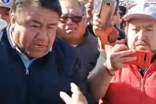 Alcalde Picapiedra incita conflicto en mercado de Chiautempan