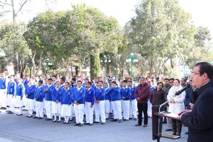 Apostarle a la educación es apostarle al desarrollo del municipio: Sánchez Jasso