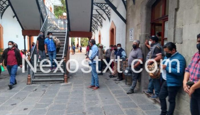 Trabajadores del Ayuntamiento capitalino se van a paro, exigen pago retroactivo