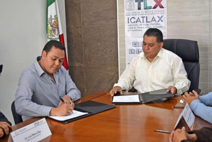 Se coordinan Apetatitlán e ICATLAX, apuestan a la capacitación empresarial