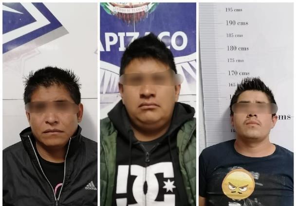 Evita Policía de Apizaco robo de neumáticos; aseguran a tres hombres