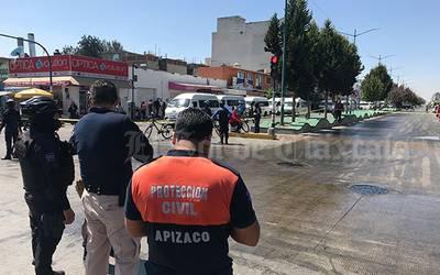 Se les riega la manteca y derrapan motociclistas en Apizaco