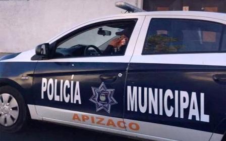 Llega a la policía de Apizaco familiar del alcalde Hernández Mejía