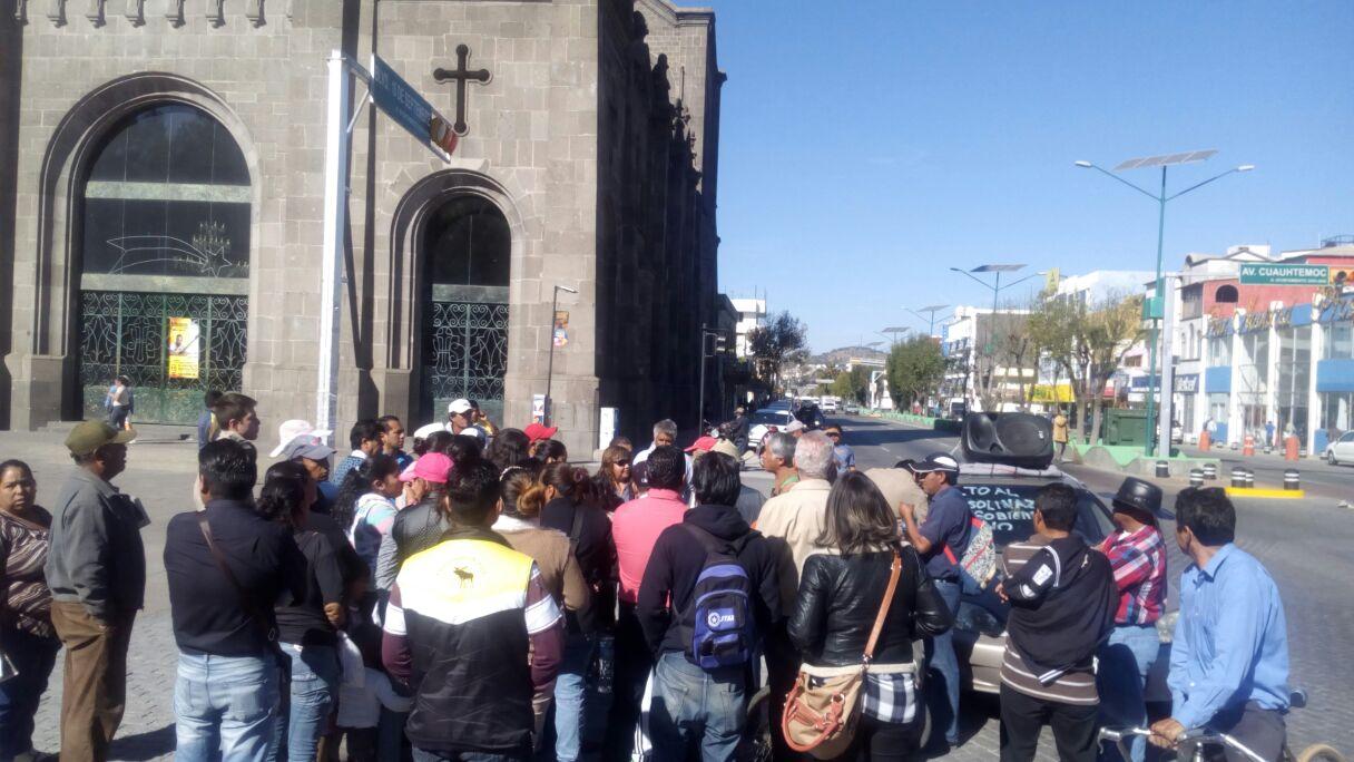 Se suma Apizaco a las protestas contra el gasolinazo de Peña