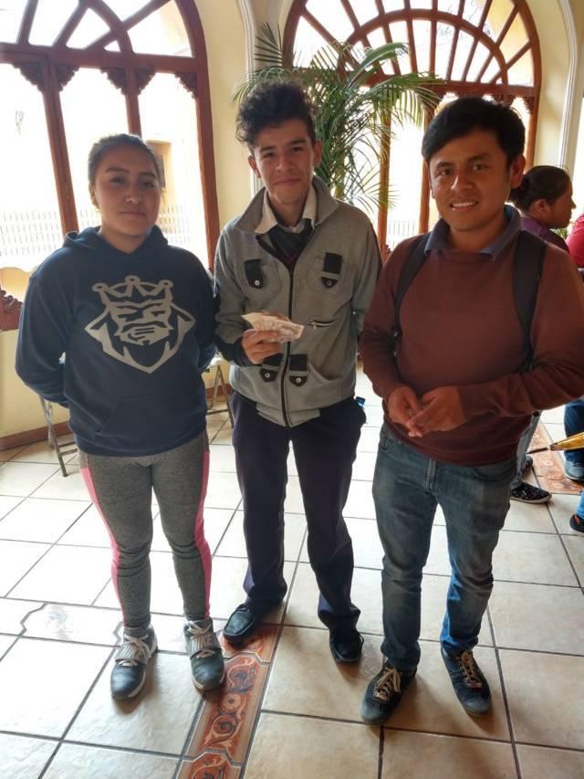 Ayuntamiento otorga apoyo económico a alumnos del EMSAD Zaragoza