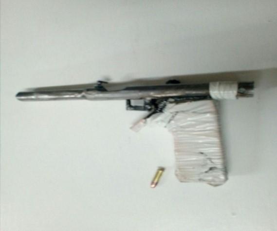 Asegura Policía Estatal a sujeto con arma de fuego