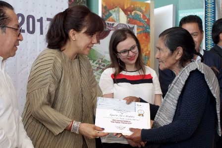 Premian a ganadores del concurso  de Arte Popular 2017