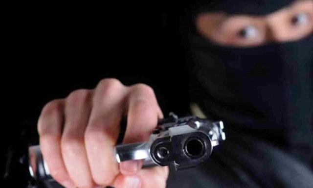 Asaltan a transportistas, pese a operativo delincuentes huyen con botín