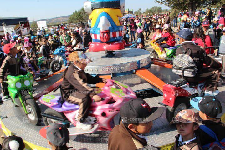 Con un día de campo y mucha diversión festejaron a los niños en el Fuerte Apache