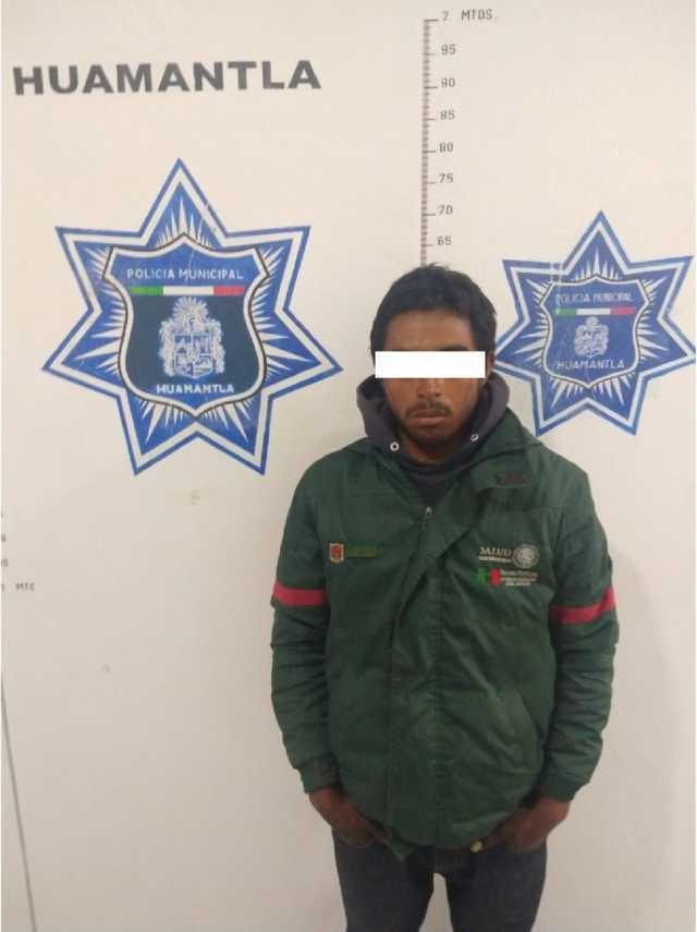 Frustran policías municipales robo a comercio hay 3 detenidos