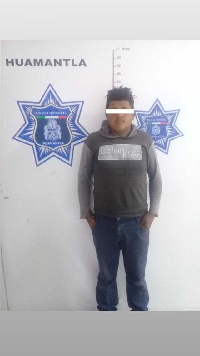 Policía de Huamantla desarticula banda dedicada al robo de camión con mercancía